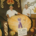 Hugh and John Ritz in 1984 with the first 400-pound Hungarian squash.